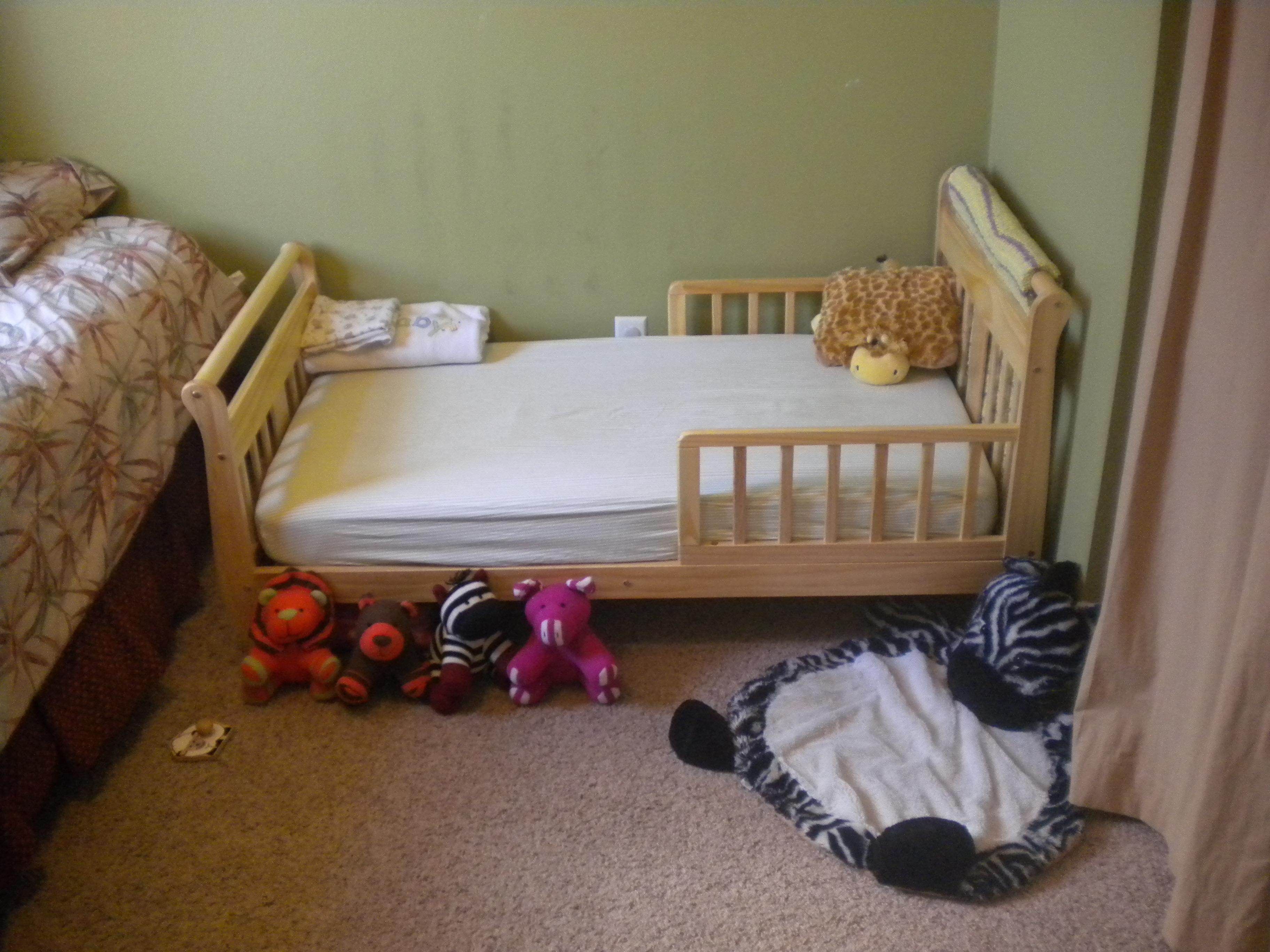 Goodbye Cribs Hello Big Girl Beds Twinfinite Fun